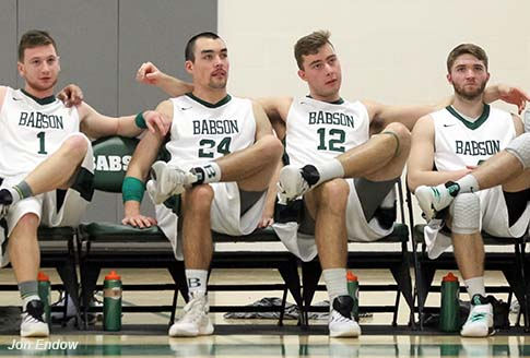 The Babson Beavers look comically relaxed. (Courtesy of Jon Endow/Babson Athletics)