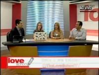 """A escola do amor"": TV Record passou a transmitir programa de auto-ajuda da IURD para casais"