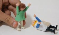 Igreja produz vídeo que conta a história bíblica de Jó usando bonecos Playmobil