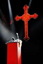 Turnê da cantora Madonna que passará pelo Brasil tem show com referências religiosas e heresias