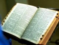Ministérios cristãos preparam tradução da Bíblia para dialetos falados por ciganos brasileiros
