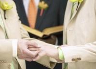 Após votação, Igreja Episcopal aprova realização de cerimônias de casamento gay