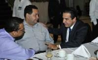 Pastor Silas Malafaia estaria usando Cruzada Vida Vitoriosa para interferir nas eleições em Manaus, acusa jornal
