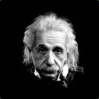 """Em carta escrita antes da morte, Albert Einstein afirmou crer que Deus e a Bíblia são resultados da """"fraqueza humana"""""""