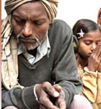 Ateu se converte ao Evangelho após ver sua filha ser milagrosamente curada através das orações de missionários