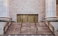 Ministério Público poderá mover ação demolitória contra o Templo de Salomão; Igreja Universal teria burlado leis
