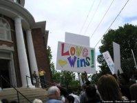 Pastor metodista é denunciado por se recusar a realizar cerimônia de casamento gay