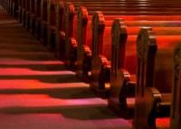 Governo do Quênia reage a escândalos de charlatanismo e proíbe registro de novas igrejas