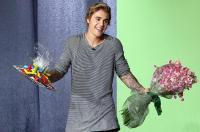 """Após batismo, Justin Bieber afirma ter deixado para trás o estilo """"bad boy"""""""