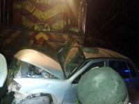"""Pastor sobrevive após ter seu carro arrastado por um trem e afirma: """"Só clamei por Jesus"""""""