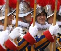 Ameaça do Estado Islâmico à Igreja Católica leva Itália e Vaticano a reforçarem segurança do papa
