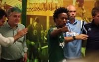 Zé Roberto diz que inspirou seu discurso para motivar jogadores do Palmeiras na Bíblia; Assista