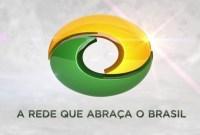 Bispo Edir Macedo estaria negociando compra da Rede CNT por R$ 500 milhões, diz jornalista