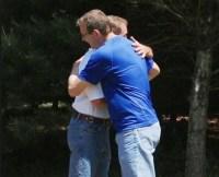 Pastor perdoa assassino de seu pai e o convida para contar testemunho à igreja