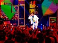Thalles canta Michael Jackson no Criança Esperança e desperta ira de evangélicos; Assista