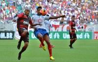 Pesquisa mostra que 56% dos jogadores de Bahia e Vitória são evangélicos; Nenhum é umbandista