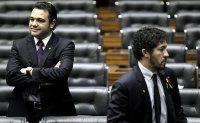 """Marco Feliciano e Jean Wyllys discutem em CPI e pastor afirma que ex-BBB é """"leviano""""; Assista"""