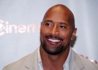 """Ator Dwayne Johnson, o """"The Rock"""", revela que a fé o ajudou a superar a depressão"""