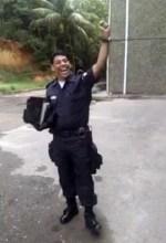 Policial cantor se torna viral nas redes sociais; Vídeo flagrou momento de louvor antes do trabalho