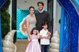 Carol Celico e Kaká anunciam novo divórcio