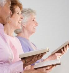 Estudo científico comprova que ir à igreja assiduamente ajuda fiéis a viverem mais e melhor