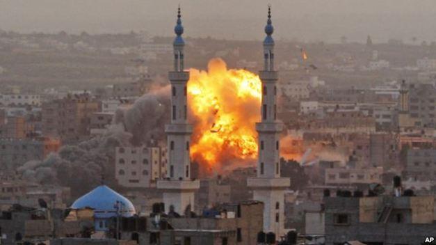 SDGTYBCVCVbombardeo_gaza
