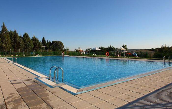 Horarios y precios piscinas municipales salamanca 2016 for Horario piscina alaquas