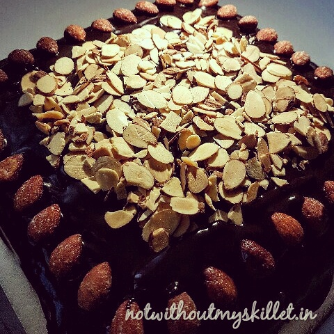 A super soft, heavenly chocolate cake with just the right amount of crunch!