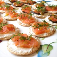 Smoked Salmon & Cream Cheese Crackers