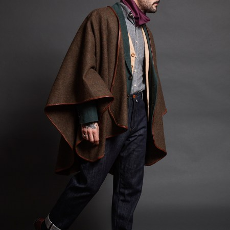 TheConcrete_Cape_Wool_Worn_08