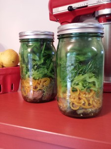 London Broil and Spiralized Veggies Mason Jar Salad