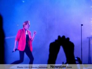 La Roux: British synthpop duo