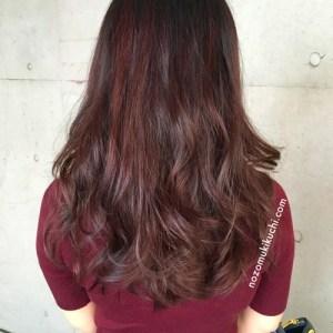 Aラインロングヘアのピンクブラウンカラー1