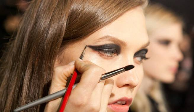 Graphic Eyeliner Tips - winter 2013 Eye Makeup Trends