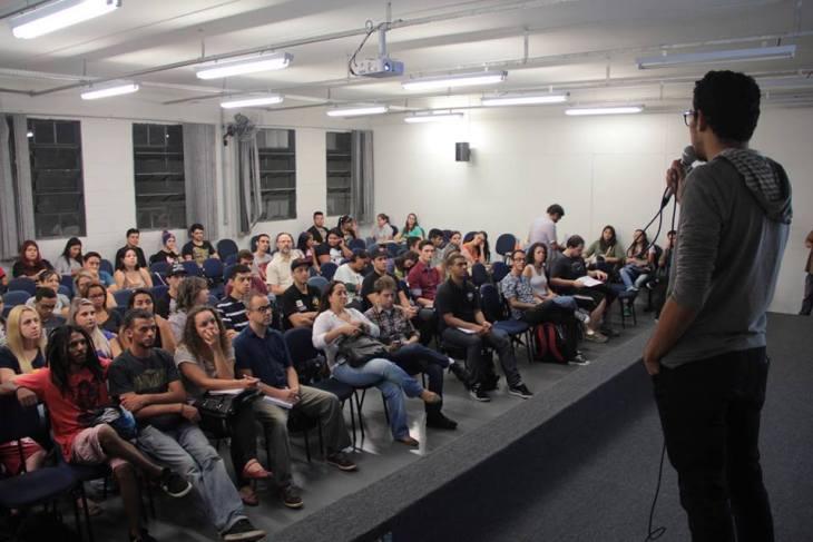 Palestra sobre midias sociais - 2015 4