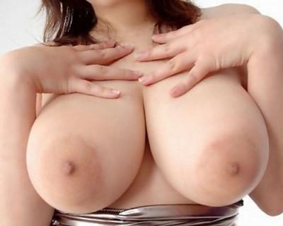 【ヌード画像】でかい乳輪したおっぱいで興奮する奴w(33枚)