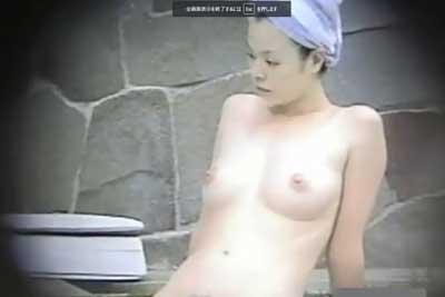 【盗撮動画】とある温泉施設の女湯を盗撮していたら信じられないぐらい美人でスタイル抜群の素人ギャルを発見してしまい、全裸を盗撮しながら恋をしてしまいましたww
