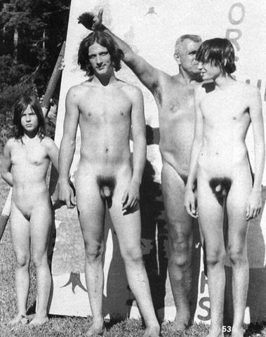 Nudist colony group pics photo puta bem