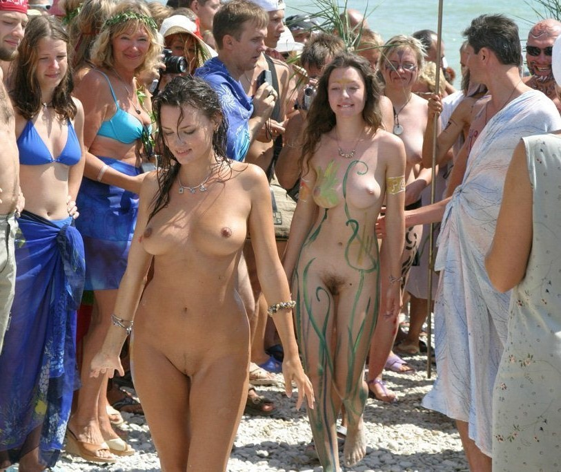 embarrassed naked females crowd