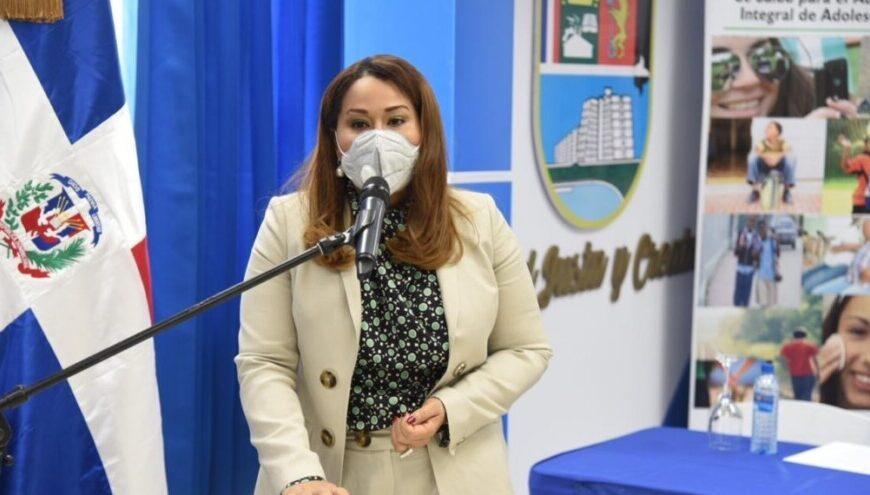 Ministra de la Mujer atribuye alta tasa de adolescentes embarazadas a la exclusión social