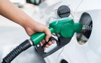 MICM dispone congelar precios de combustibles