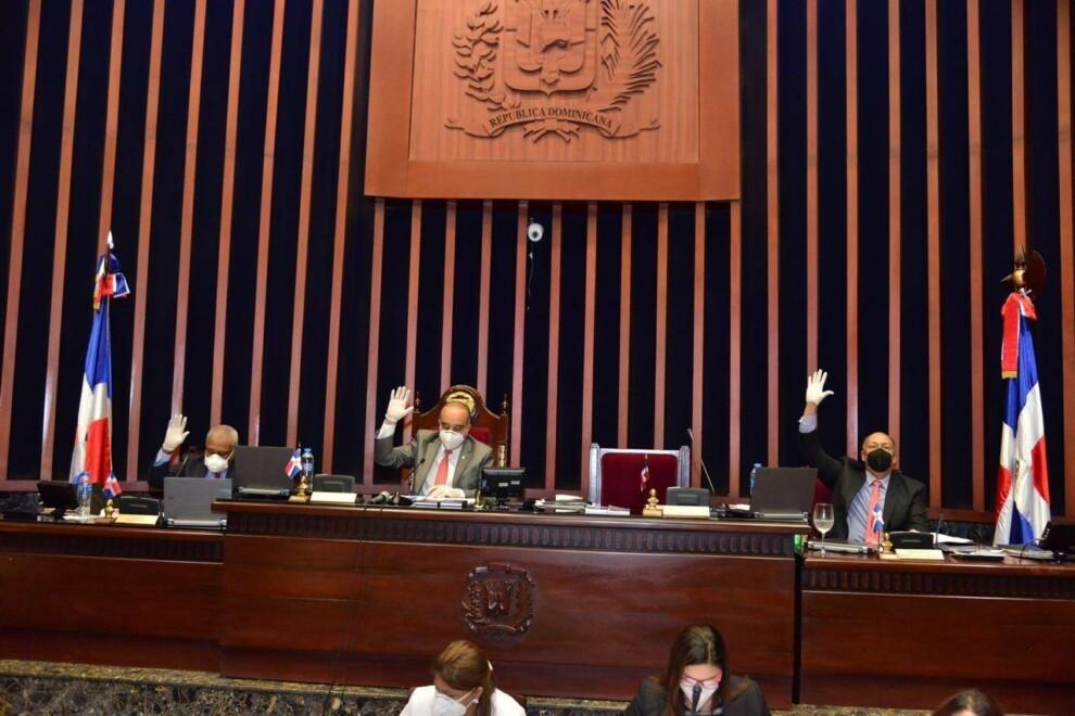 Senado aprueba eliminar el impuesto sobre sucesiones a herederos de fondos de pensiones