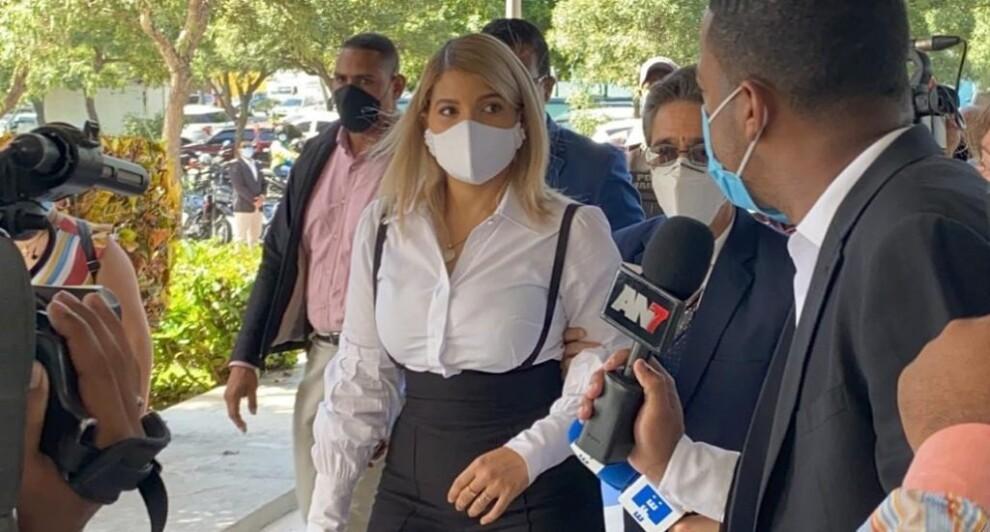 Kinsberly Taveras acudió a interrogatorio PGR