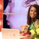 Ex reina de belleza deplora eliminación de perros callejeros para controlar la rabia