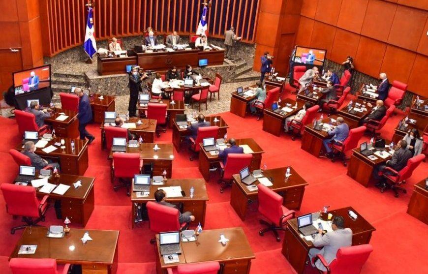 Senado aprueba compra de 10 millones de vacunas contra el COVID-19
