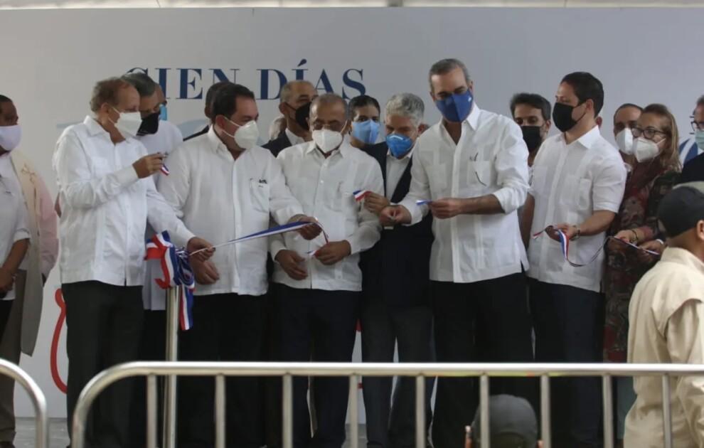 Abinader inaugura Centro de Diagnóstico y Atención Primaria en Navarrete
