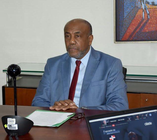 Ministro de Energía y Minas expone logros RD desde presidencia de OLADE