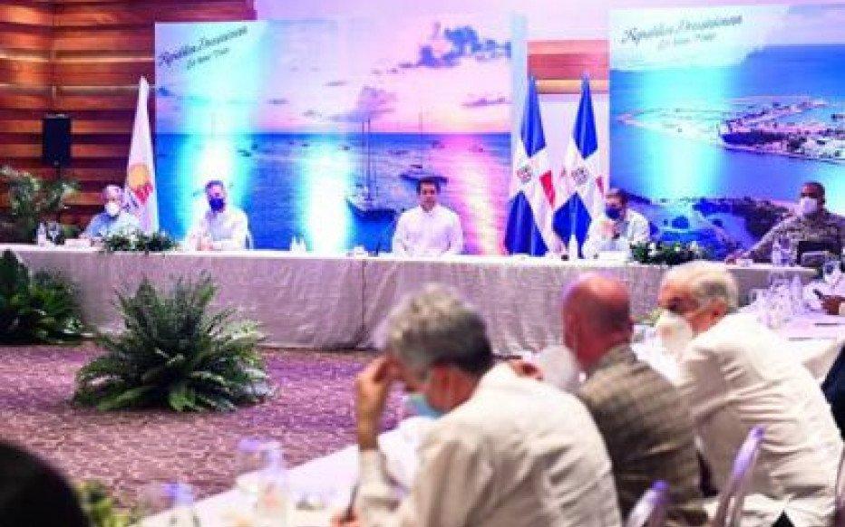Ministro de Turismo pasa balance situación del sector