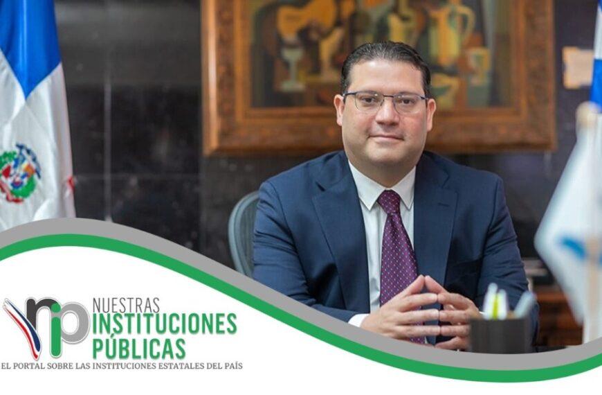 Institución o funcionario público con el mayor logro internacional: Dirección General de Aduanas