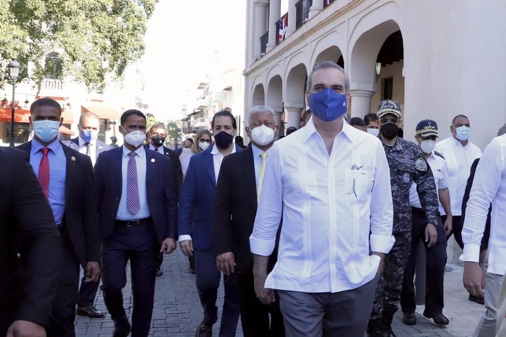 Abinader inicia segunda etapa del remozamiento de la Ciudad Colonial
